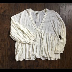 Lucky brand Peasant Top💕
